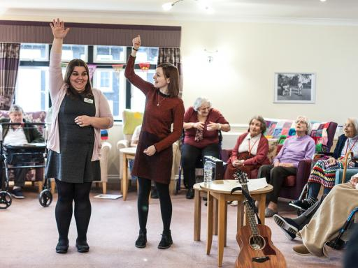 LMN Live Music In Care project session led by Maz O'Conner at MHA Bradbury Grange, Whitstable; Photo Credit Ivan Gonzalez